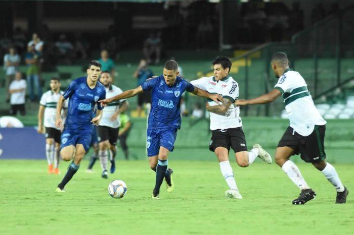 Em jogo equilibrado, Londrina e Coritiba empatam sem gols