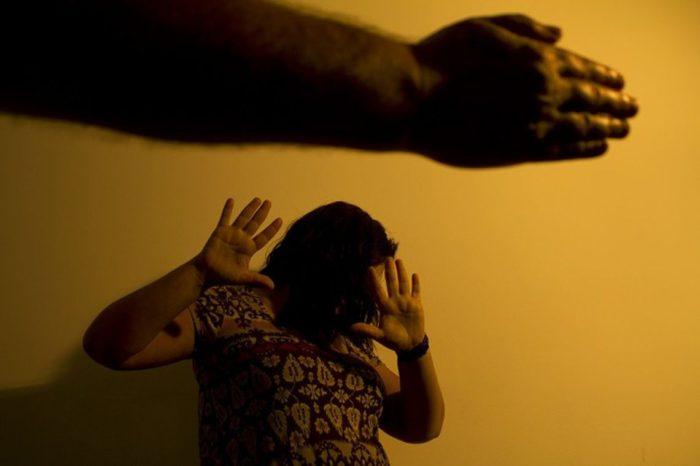 Homem é preso em Londrina após ser condenado por agredir a própria mãe