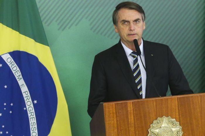 Bolsonaro diz que avalia reduzir para 4% imposto sobre produtos de TI