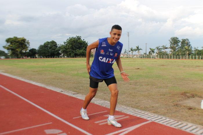 Destaque do Londrina Atletismo é convocado para Mundial Escolar na Croácia