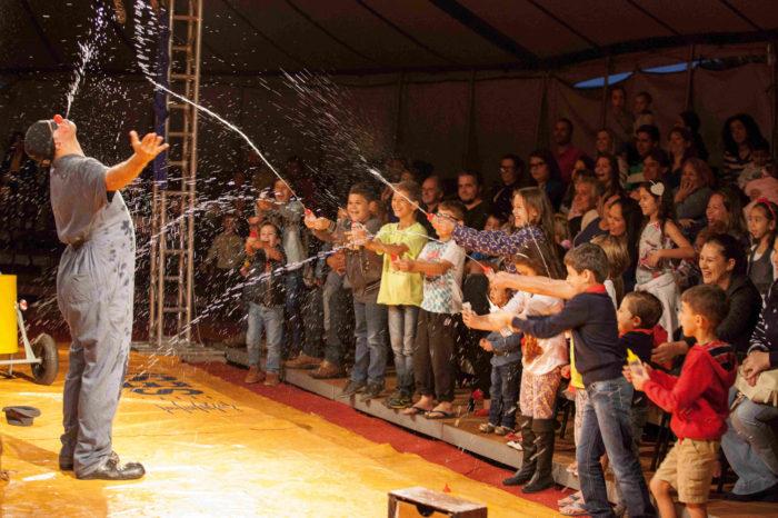 Casa de Cultura abre 15ª Londrina Mostra de Teatro e Circo