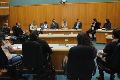 Vereadores defendem mudanças para passe livre a entidades