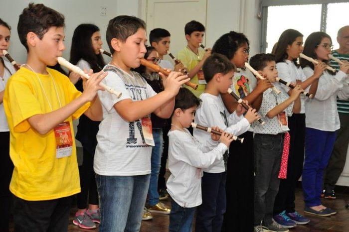 Famílias londrinenses podem se inscrever para adotar alunos que participam do Festival de Música
