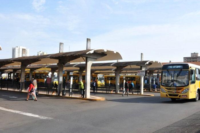 Demora reduz volume de passageiros no transporte coletivo, revela pesquisa