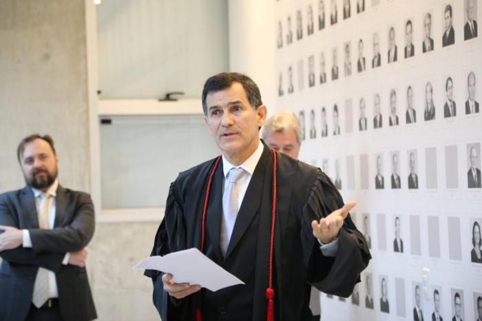 Paulo Tavares assume como procurador de Justiça