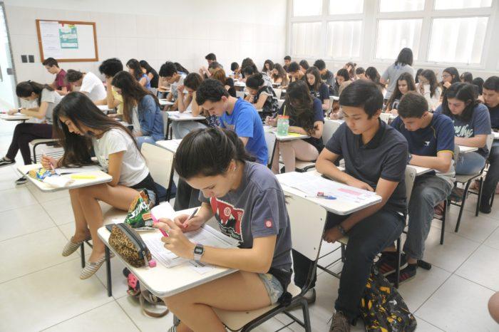 Seletiva de colégio em Londrina vai premiar jovens com bolsas de estudo