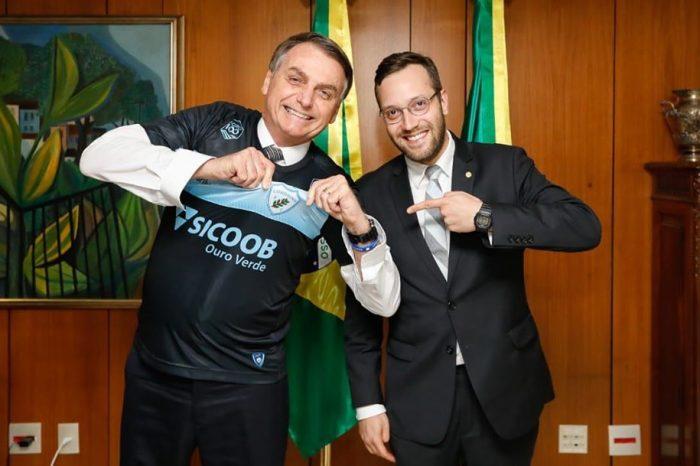 Londrinense e mais 11 deputados tem atividades partidárias suspensas por um ano