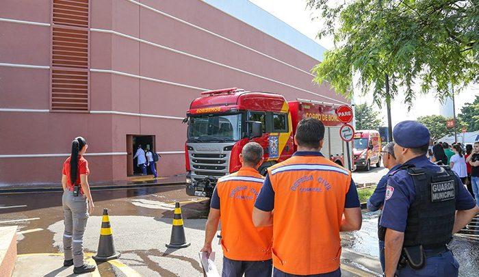 Shopping realiza simulado de incêndio em sala de cinema