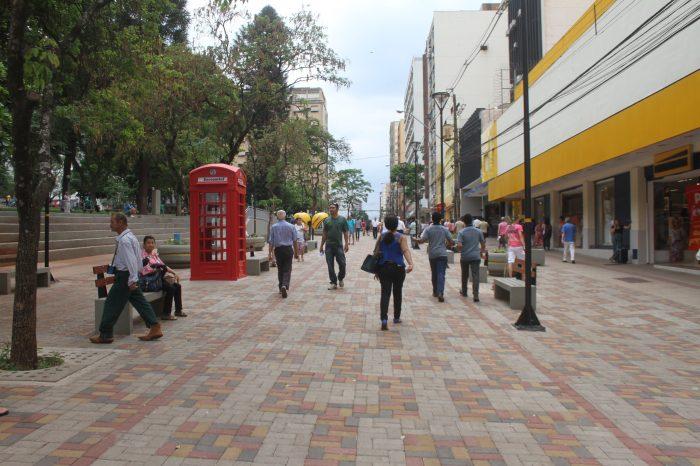 Confira o calendário especial de fim de ano para o comércio de rua de Londrina