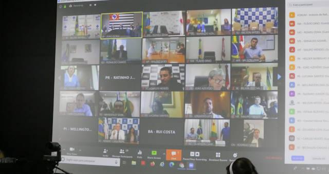 Governadores manterão medidas de isolamento social contra a Covid-19