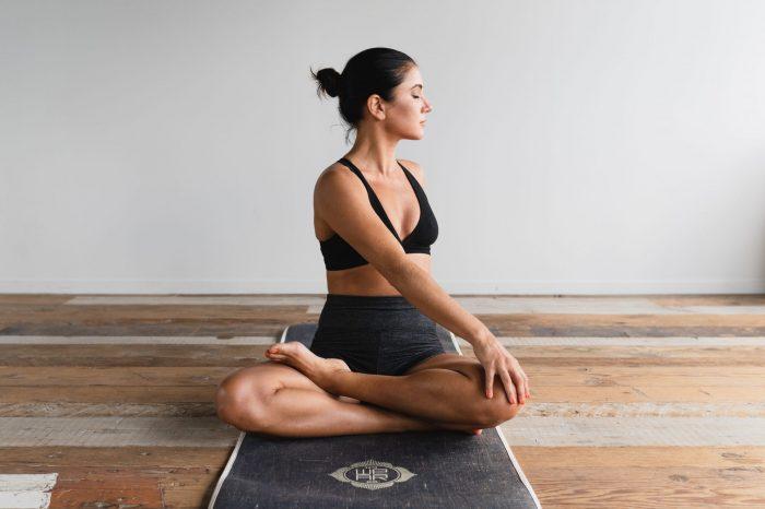 Confira dicas para manter o corpo em forma e a saúde em dia dentro de casa
