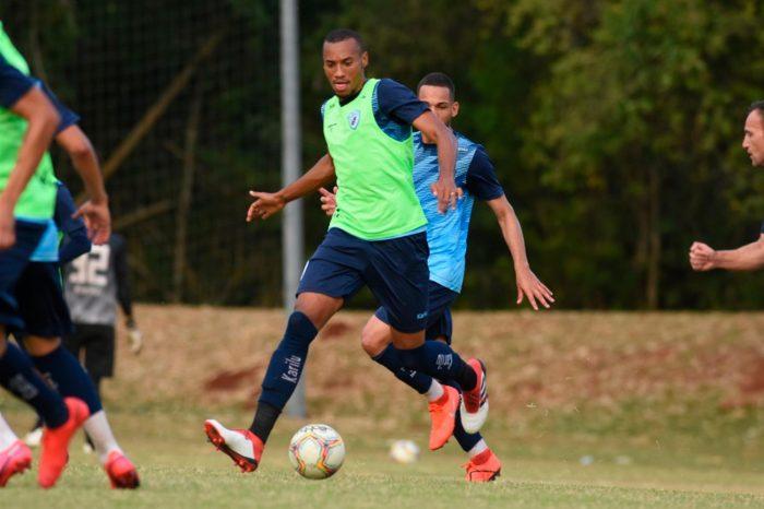 LEC relaciona 20 atletas para jogo contra o Ypiranga