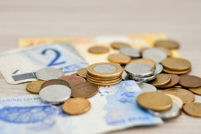 Governo Federal anuncia que empresas terão que pagar 13º integral para funcionários que tiveram jornada reduzida