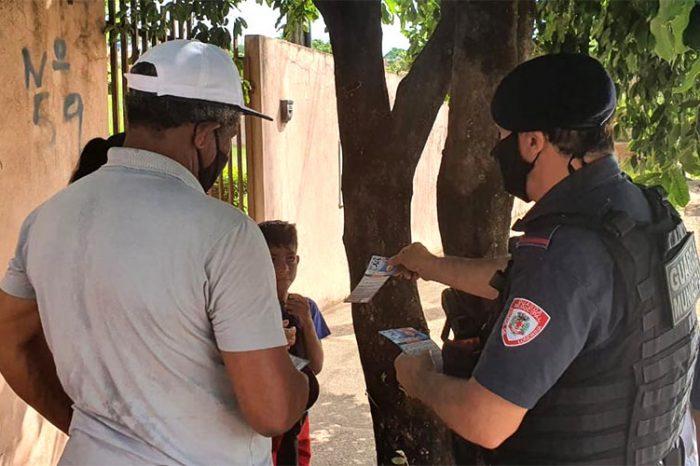 Guarda Municipal divulga projeto Informar para Proteger na zona sul
