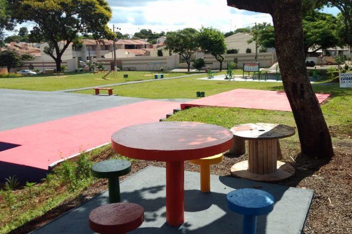Prefeitura entrega Praça do Jardim Santiago II revitalizada