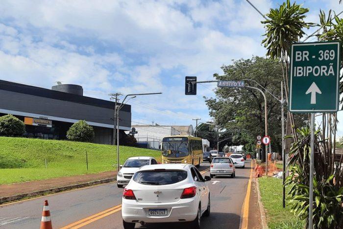 CMTU instala painéis de LED para orientar o trânsito na avenida Rio Branco