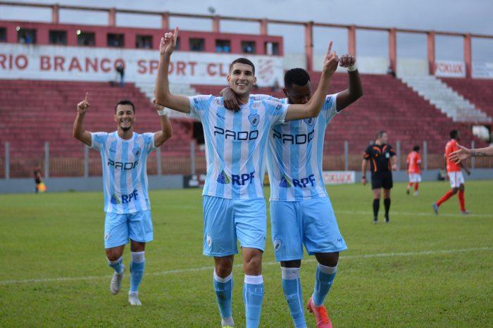 LEC enfrenta o Paraná em busca da 1ª vitória no Paranaense