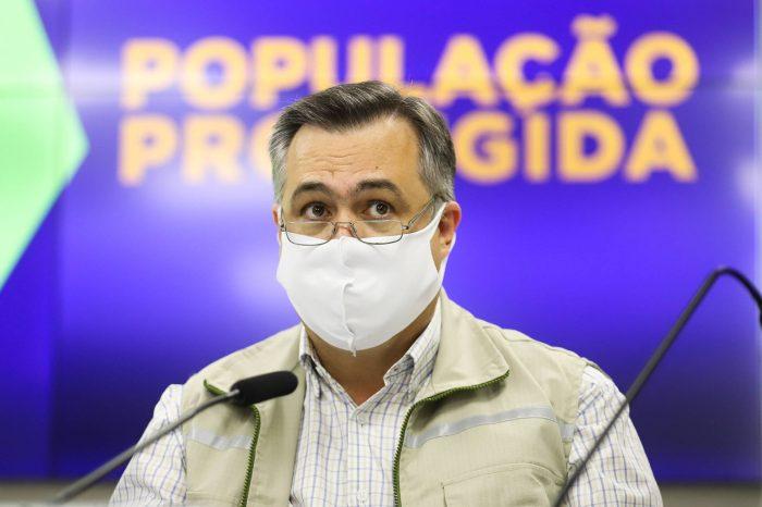 """""""Vacina e informação clara vão ajudar o Paraná a sair da pandemia"""", diz Beto Preto"""