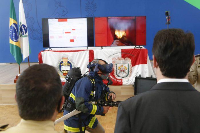 Corpo de Bombeiros do Paraná recebe simulador para treinamentos virtuais