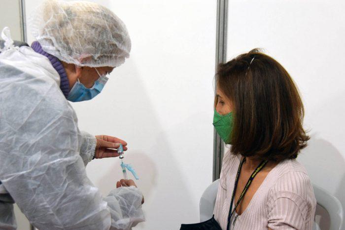 Vacinação contra Covid-19 é ampliada para público geral de 37 e 38 anos em Londrina