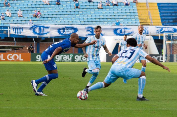 Defesa falha e Londrina perde fora de casa para o Avaí
