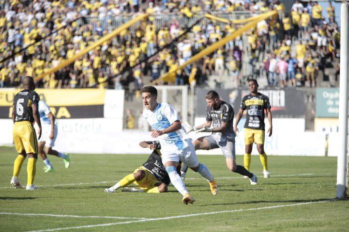 Vitinho marca, Dalton pega pênalti, Londrina bate o FC Cascavel e é pentacampeão paranaense